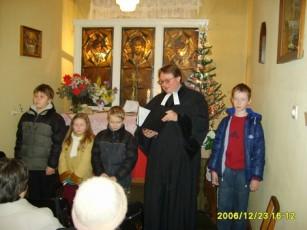 Wigilia Bożego Narodzenia w kaplicy w Bolesławcu przed remontem